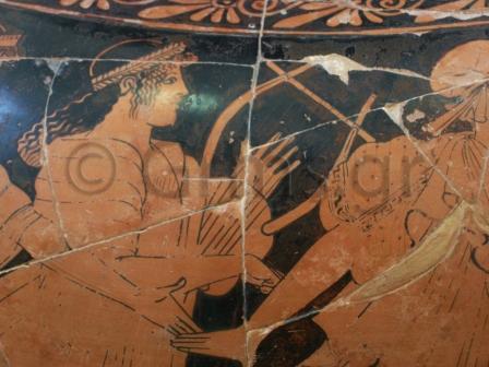 Εικ. 27. Μύκονος, Αρχαιολογικό Μουσείο. Λυρίστρια.
