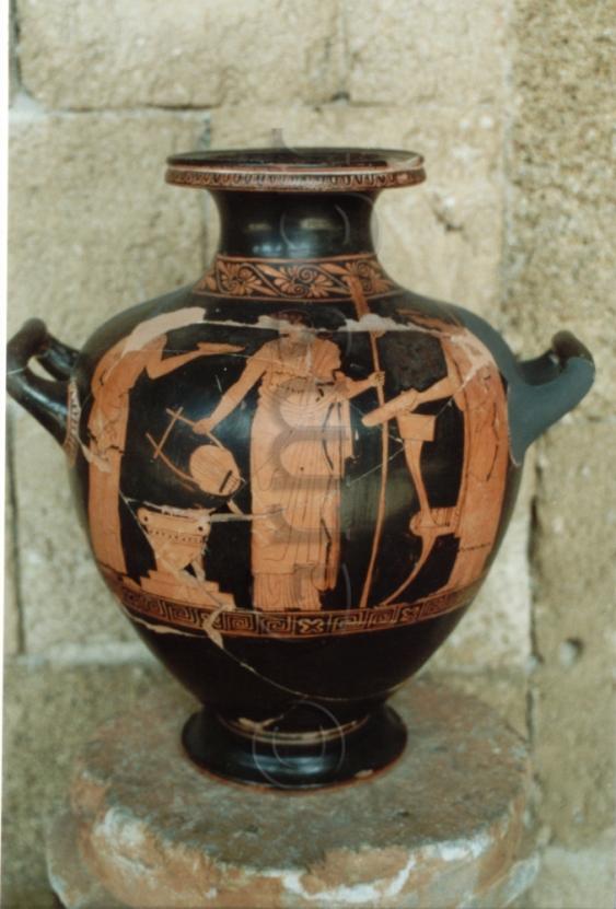 Εικ. 28. Ρόδος, Αρχαιολογικό Μουσείο. Χέλυς.